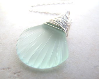 Seashell Necklace, Sea Shell Necklace, Seaglass Necklace, Sea Glass Necklace, Mermaid Necklace, Beach Jewelry, Beach Wedding, Ocean Jewelry