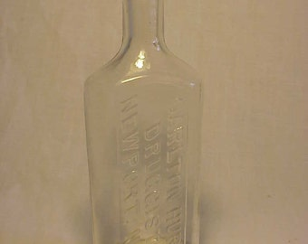 c1890s Carlton Hurd Druggist Newport, N.H. , 6 1/4 inch Clear Blown Glass Cork Top Druggist Medicine bottle