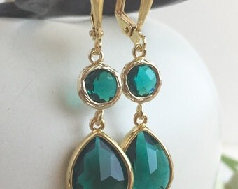 Emerald Teardrop Drop Earrings.  Emerald Bridesmaid Dangle Earrings in Gold. Jewelry Gift for Her.  Christmas Gift. Holiday Gift.