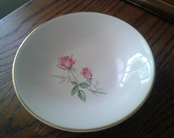 Pair of Pretty Vintage Dessert/Fruit Bowls - Pink Roses with Gold Trim