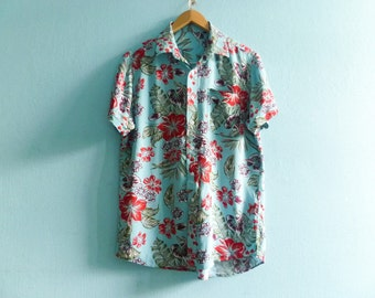 Vintage womens floral shirt blouse / blue red multicolor / summer holiday exotic hawaii / short sleeve / buttoned / loose slouchy / medium