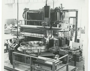 Vintage Machinery - Vertical Turret Lathe - Vintage 8x10 Photograph
