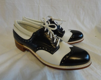 Vintage 60s LAZY BONES Oxford Wingtip Ladies GOLF shoes New Old Stock Size 7 M Leather