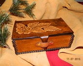 Handmade Leather Box Sheridan Floral Flowers Style Tooling Tooled Leather Hand Crafted & Laced Jewelry Box Catch All Box Case with Lid Brown