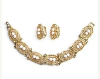 ON SALE 1973 Sarah Coventry Soft Swirl Bracelet Earrings Set Costume Jewelry