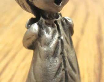 Hallmark Little Gallery Pewter Figurine 1979 Mary Singing Little Girl