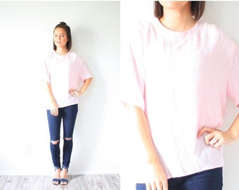 20% OFF BIRTHDAY SALE Vintage light pink oversized blouse // boho baby blouse // slouchy top // slouch shirt // boxy top // pink silky pink