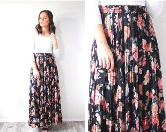 20% OFF VALENTINES SALE Vintage floral bohemian skirt // Small black floral skirt // pink flowered maxi skirt // boho navajo floral print sk