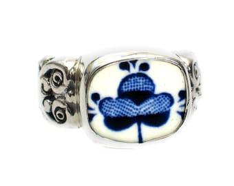 Size 8 Broken China Jewelry Myott Finlandia Blue Flowers Sterling Ring