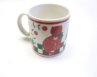 Vintage Kitty Cat Coffee Mug Cup Red Green White Christmas