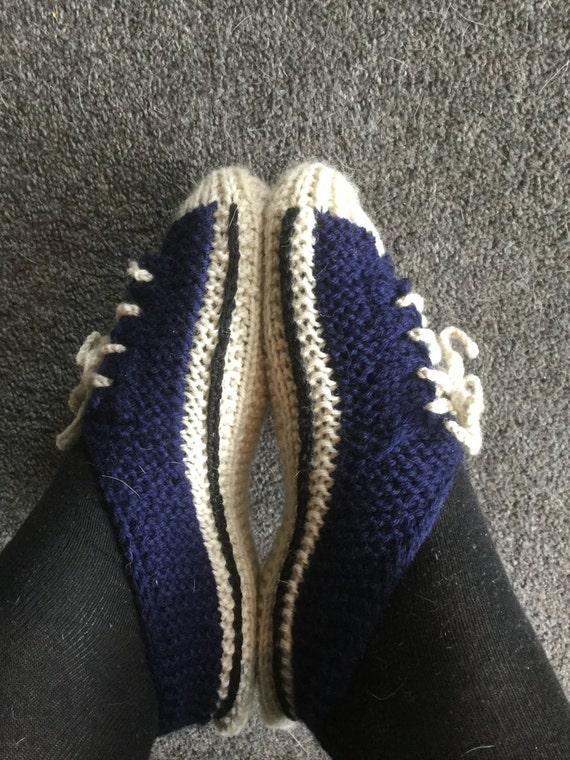 Converse Style Sneaker Slippers - Knitting Pattern from TheKnitGuru on Etsy S...