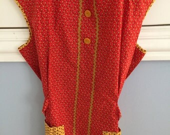 Vintage Full Apron, Red & Gold Tiny Prints, Cotton in Great Condition
