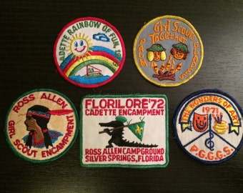 Collection of 5 Vintage Girl Scout Patches - 70's