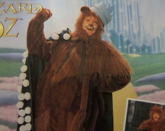COWARDLY LION Pattern • Simplicity 7833 • Adult S-L • Oz Lion • Film Costume • Lion Costume • Cape & Crown • Adult Costume • WhiletheCatNaps