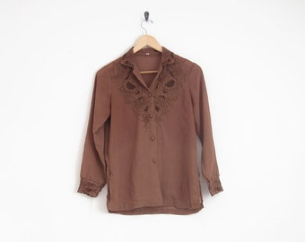 70s brown blouse. embroidered shirt with button down front and floral embroidery. collared long sleeve lace shirt. women blouse.