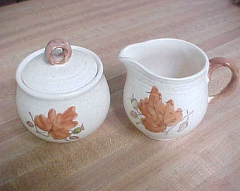 Vintage Woodland Gold Cream and Sugar Bowl with Lid by Metlox Poppytrail, Collectible California Pottery With Autumn Leaves and Acorns