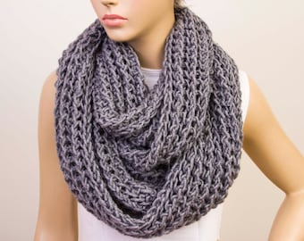 Chunky knit  loop infinity  scarf, crochet scarf , chunky crochet scarf ,big crochet scarf, COLOR option