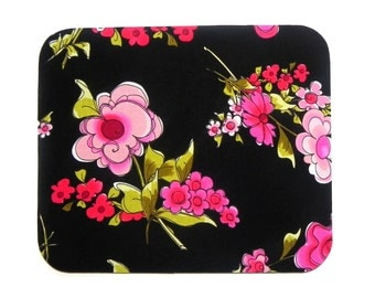 Mouse Pad - Fabric mousepad - Black Green Pink flowers - Hot pad - Computer / Electronic