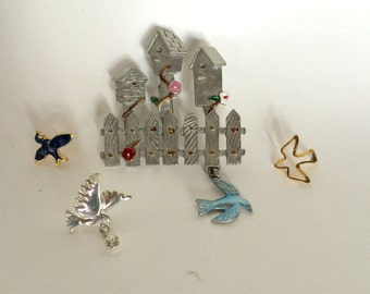 Birdhouses Birds Brooches Pins Vintage lot 104