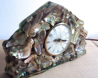 Lucite shell Clock.  Lanshire electric mantle clock.  Vintage 1970.  Mod, pop, Mid century, Tiki, Kitsch, Eames Panton era.