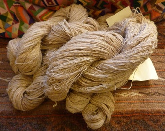494 grams of hanks of French linen yarn