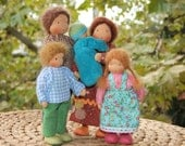 Doll house family of 5
