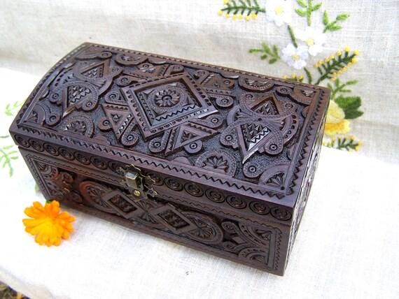 Jewelry box Wooden box Wedding ring box Wood box boîte bijoux Jewellery box Jewelry boxes Wooden cigar box Wood carving Anniversary gifts B9