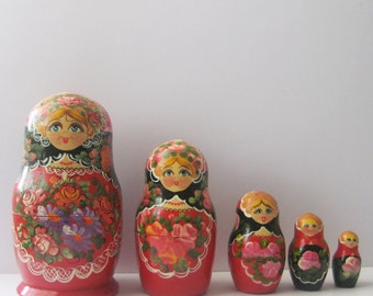 Vintage Russian Nesting Dolls/ Hand painted Matryoshka Dolls