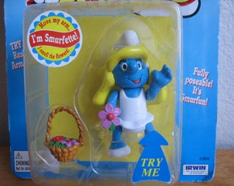 The Smurfs I'm Smurfette Doll on Card    1996    never been used