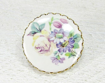 Vintage Brooch Pin, Porcelain Cameo Brooch, Flower Cameo Brooch, Pastel Floral Portrait Brooch, 1970s Vintage Jewelry, Gift for Mom Grandma
