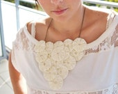 CREAM Yoyo Embellishments, Pearl Centers, Fabric Yo-yo Flowers, Yoyos, Yo yos, Suffolk Puffs, Cottage appliques by WhiteLilyFlowers
