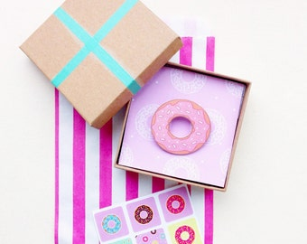 NEW Cute Illustrated Doughnut with Sprinkles Brooch - Pink