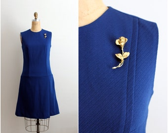 60s Mod Navy Blue Dress / Gold Rose Pin Brooch /  Size S/M