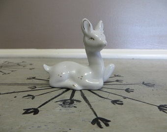 Miniature White Deer Ceramic Deer Ceramic Fawn Vintage Fawn Doe Miniature Deer Woodland Decor Rustic Shabby Chic Decor