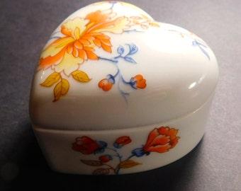 Limoges France Heart Shape Porcelain Trinket Box - FREE DOMESTIC SHIPPING