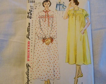 Vintage Sewing Pattern, Nightgowns, Peignoir, Bed Jacket, 30s, 40s, Size 14, Bust 32, Simplicity 3388, Lingerie Pattern