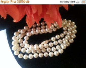 Now On Sale Vintage Pearl Necklace, Long Flapper Length Necklace, 1950's 1960's Vintage Jewelry, Mad Men Mod