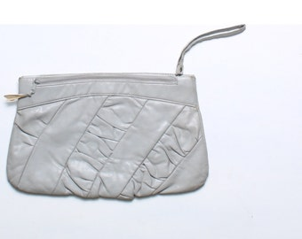 Vintage 80s Grey Faux Rouched Leather Clutch Wristlet Handbag