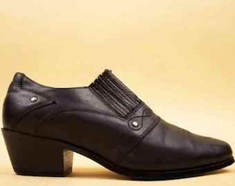 80s 90s Vtg Black Genuine Leather DINGO Western Bootie / EUC Pointed Chunky Platform Heel Boho Punk /
