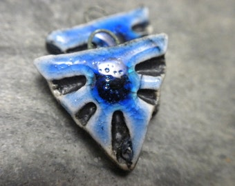 Tri- handmade artisan ceramic triangle tribal earring beads matched pair rustic cobalt blue black 3048