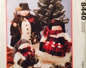 """McCall's 8440 Mr. and Mrs. Snowman and Family Pattern, UNCUT, Snowmen 16"""", Baby Snowman 11"""", Vintage 1996,Home Decor,Holiday Decor, Seasonal"""