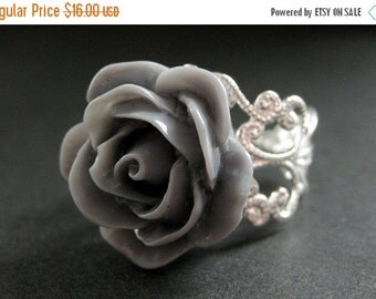 MOTHERS DAY SALE Gray Rose Ring. Grey Flower Ring. Filigree Adjustable Ring. Flower Jewelry. Handmade Jewelry.