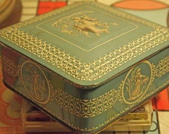 Tin, Cookie Tin, Classical Tin, Victorian Style Tin, Storage Tin, Storage Box, Keepsake Box, Home Decor, Dutch Tin, Classic Tin, Tin Box
