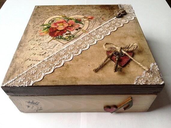 Decoupage box heart box vintage box wooden box storage - Como decorar cajas de madera estilo vintage ...