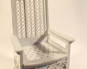 Throne 1:4 scale (ready-assembled)
