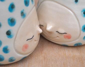 Teal confetti smiling face mug