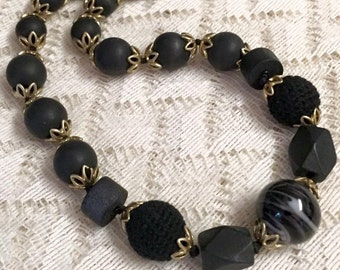 Liz Claiborne Black and Gold Beaded Necklace/Choker