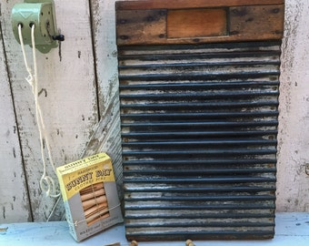 Vintage Primitive Wooden Washboard - Zinc Scrubber Panel