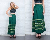 Vintage 70s Green Ethnic Skirt Mexican Southwestern Embroidered Large L 6370 vintage skirt green skirt southwestern skirt large skirt