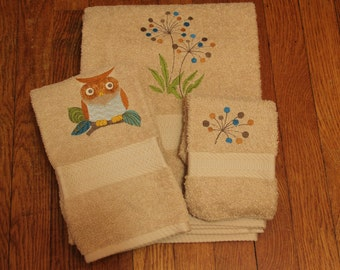 Retro Owl and Dandelion Embroidered Towel Set
